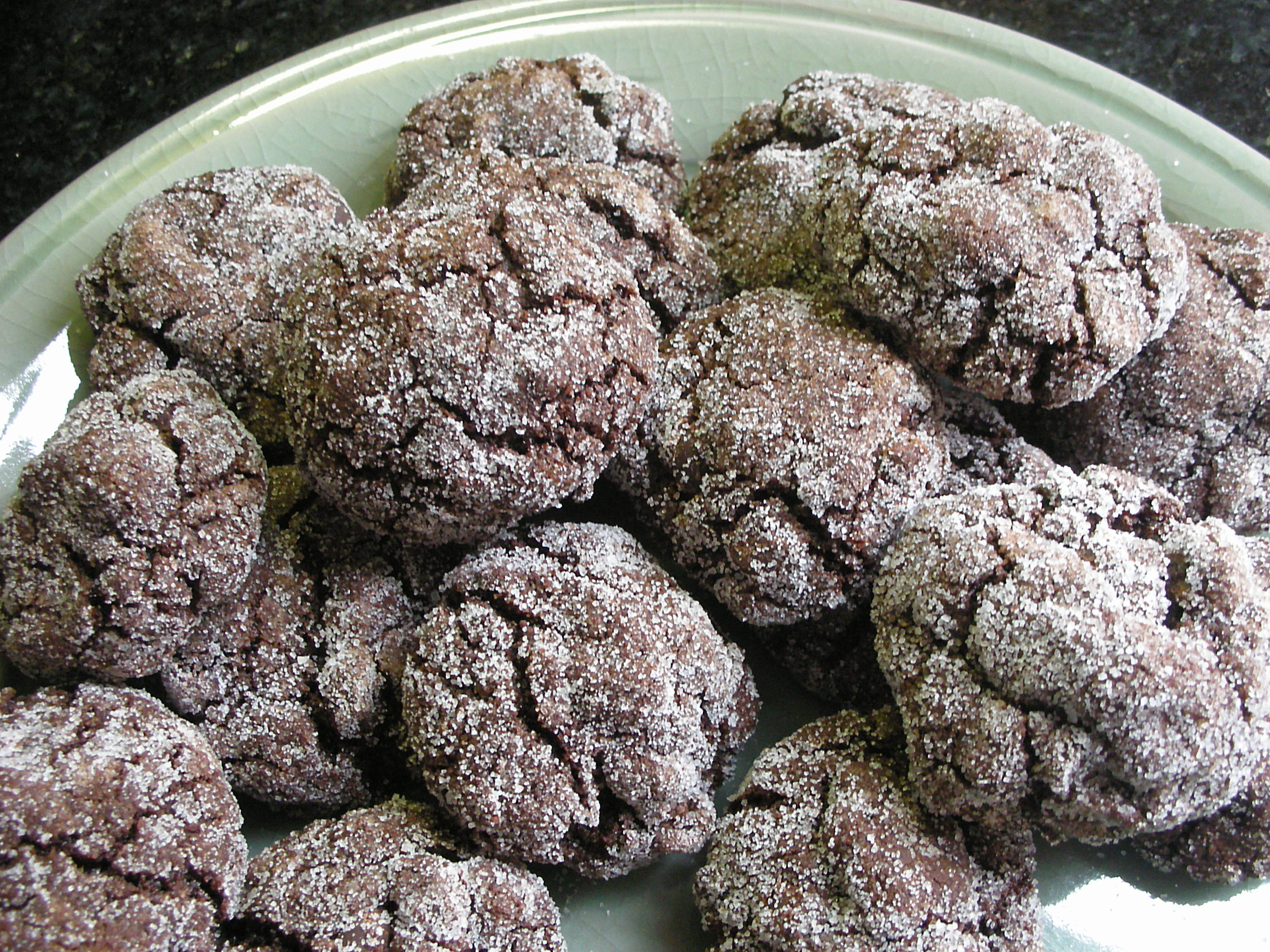 Chocolate Crackle Cookies - CookingCoOp.com